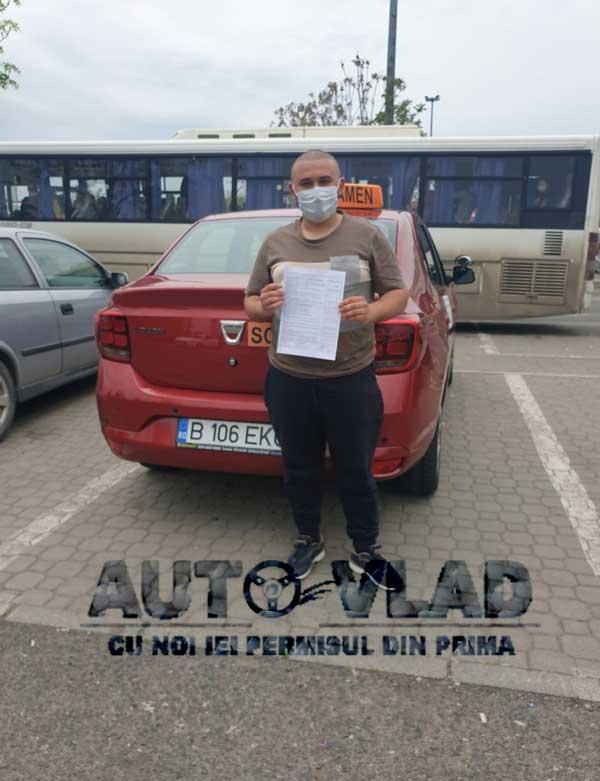 Student-scoala-de-soferi-autovlad-Bucuresti-v15