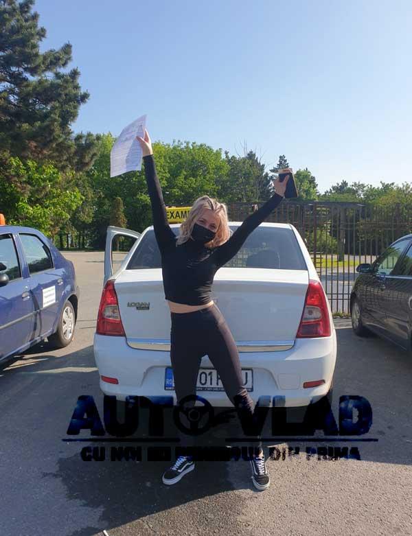Student-scoala-de-soferi-autovlad-Bucuresti-v20